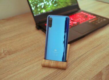 Chytrý telefon Xiaomi Mi 9